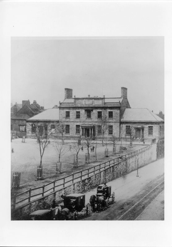 Photograph of Dalhousie College on the Grand Parade