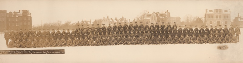Photograph of the Officers, Nursing Sisters, Non-commissioned Officers and Men of the Dalhousie University No. 7 Stationary Hospital.
