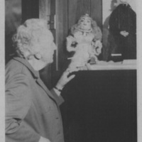Photograph of Dixie Pelluet with a marionette